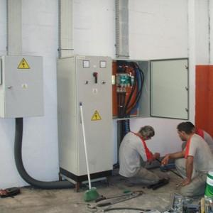 Manutenção preventiva elétrica industrial